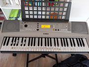 Yamaha PSR E 313 Keyboard