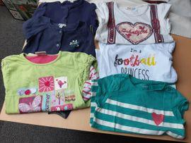 Kinderbekleidung - 40 Teile Mädchenkleidung Gr 110