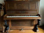 Älteres Klavier zu verschenken