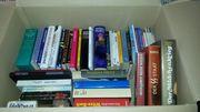 VERSCHENKE eine ganze Kiste Bücher
