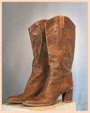 Stiefel von Suzanna mit hohem