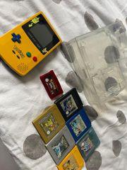 Gameboy Color Pikatchu Edition