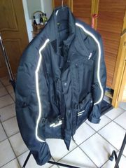Motorradjacke Handschuhe Tankrucksack