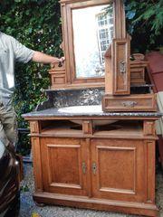 Antiker Waschtisch Bademöbel