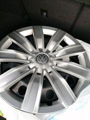 4 neuwertige original VW Stahlfelgen