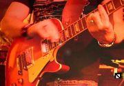 Gitarrist 51 langjährige Bühnenerfahrung sucht
