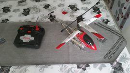 Bild 4 - Hubschrauber mit Fernsteuerung - Mannheim Käfertal