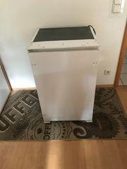Einbau-Kühlschrank