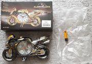 Verkaufe Motorrad Model mit Uhr