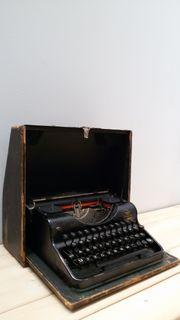 Olympia Simplex Schreibmaschine
