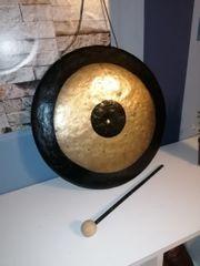 Antiker Chinesischer Gong mit Klöppel