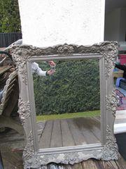Massiver alter Barock-Spiegel