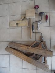Schreinerwerkzeug - Hobel Bohrer und mehr