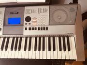 Keyboard Yamahe PSR-E413