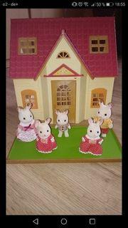 Sylvanian Starterhaus mit Hasenfamilie