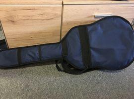 Bild 4 - Gitarre mit Tasche - Halle Nietleben