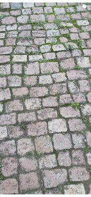 Über 100 Jahre altes Kopfsteinpflaster