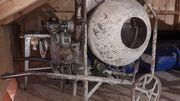 Betonmischmaschine mit Benzinmotor
