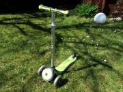 Roller Globber grün