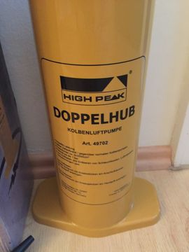 Doppelhub-Pumpe Kolbenpumpe High Peak: Kleinanzeigen aus Starnberg - Rubrik Campingartikel