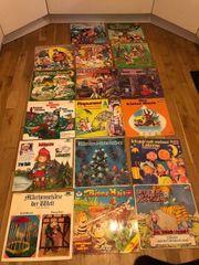Schallplattenspieler und 17 Schallplatten Kindermärchen