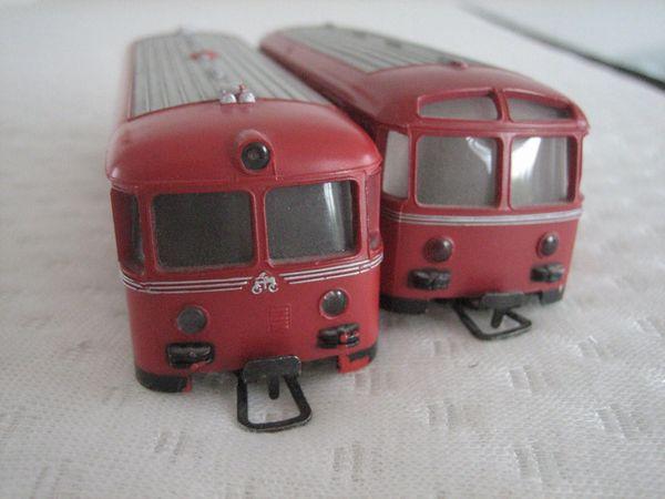 Märklin HO---Schienenbus mit Anhänger