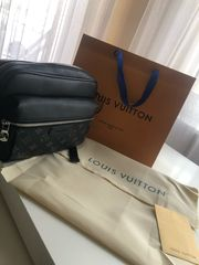 Louis Vuitton Outdoor messenger bag