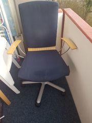 Bürostuhl mit Armlehnen höhenverstellbar
