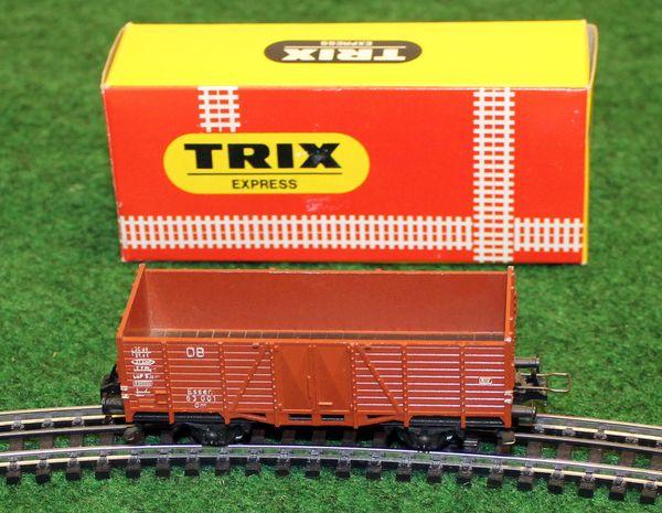 Originalverpackter TRIX EXPRESS Niederbordwaggon in