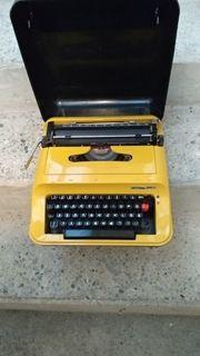 Koffer-Schreibmaschine alt Dachbodenfund