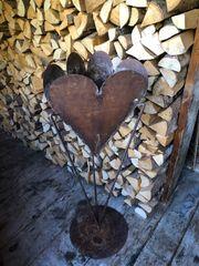 rostiges Herz zum bepflanzen