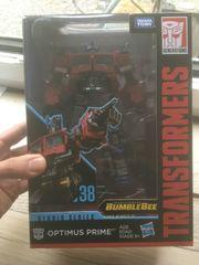 Transformers Studio Series 38 Optimus