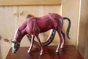 Große Pferdeskulptur