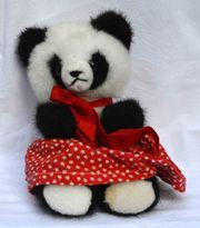 Stofftier schwarzweißer Panda Marke Althans