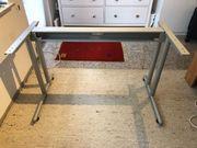 Schreibtischgestell sehr einfach montierbar