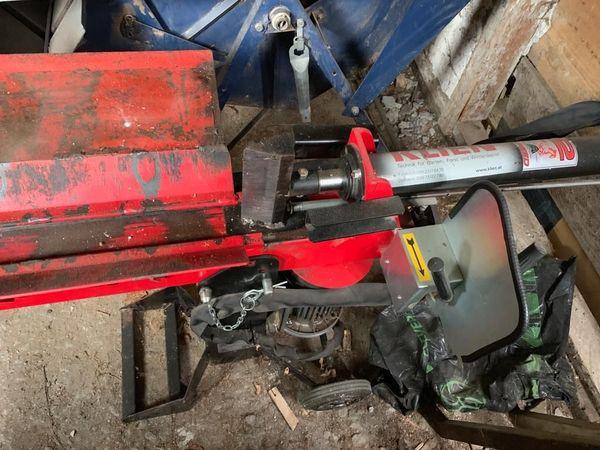 Holz-Spaltmaschine