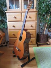 Aragon MA-S-AC Konzertgitarre mit Rucksack