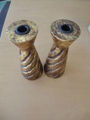 2 Kerzenständer aus Holz goldfarben