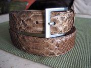 Ledergürtel - Schlangenleder mit silberfarbiger Schnalle