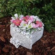 Grabschmuck Blumen Grabherz mit künstlichen