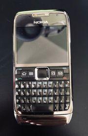 Nokia E71 TOP