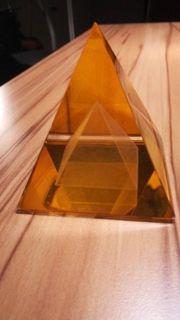 Pyramide Astralkristall