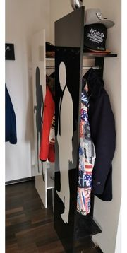 Garderobe Schwarz Weiß