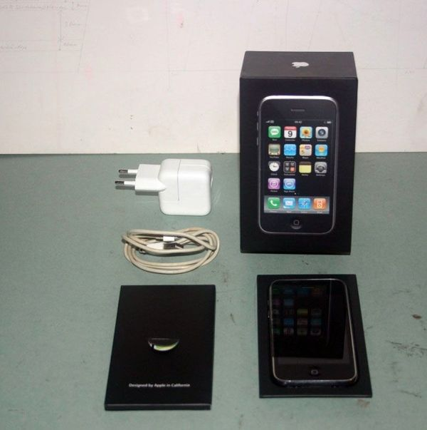 Apple iPhone 3G 8GB mit