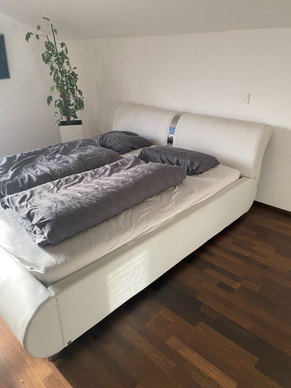 Bett 2 Lattenroste