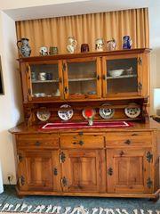 Schönes altes Küchenbuffet