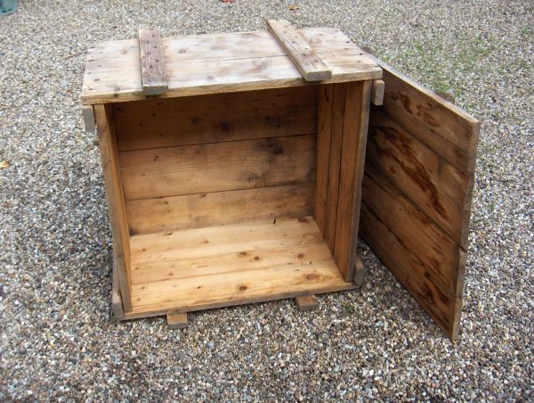 Alte Holzkiste Mit Deckel Vom Dachboden Kiste In Worms