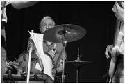 Schlagzeuger Drummer sucht Band