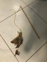 Katzenangel mit Feder Holzgriff neuwertig