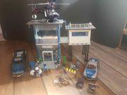 Großes Playmobil Polizei-set mit Polizeistation